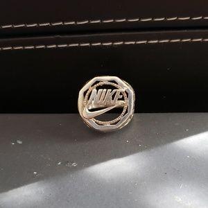 Nike Ring